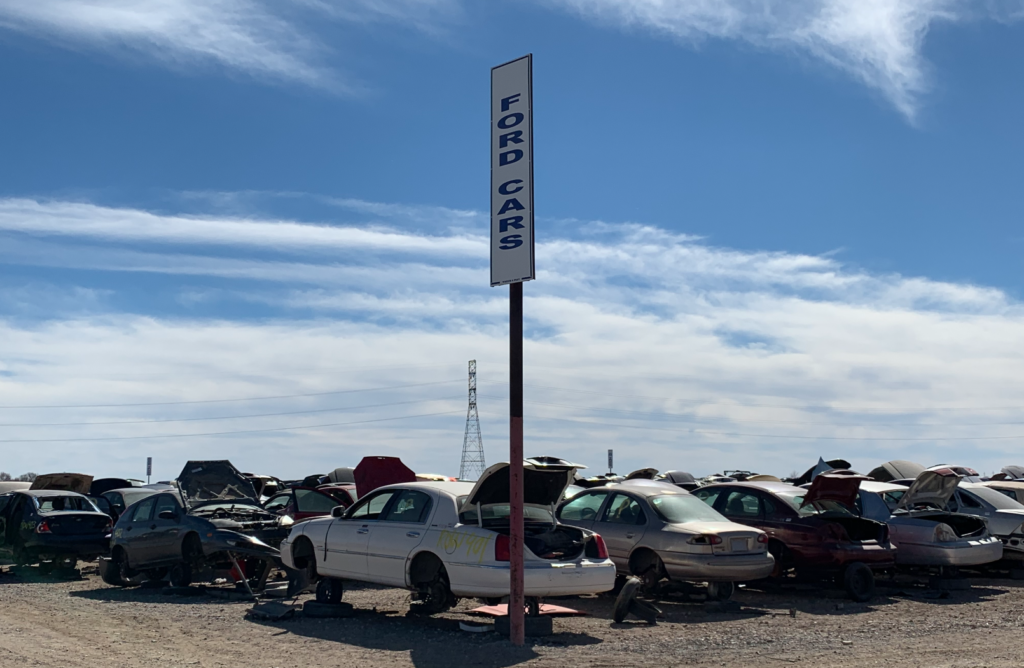 Quality Used Auto Parts We Buy Junk Cars For Cash